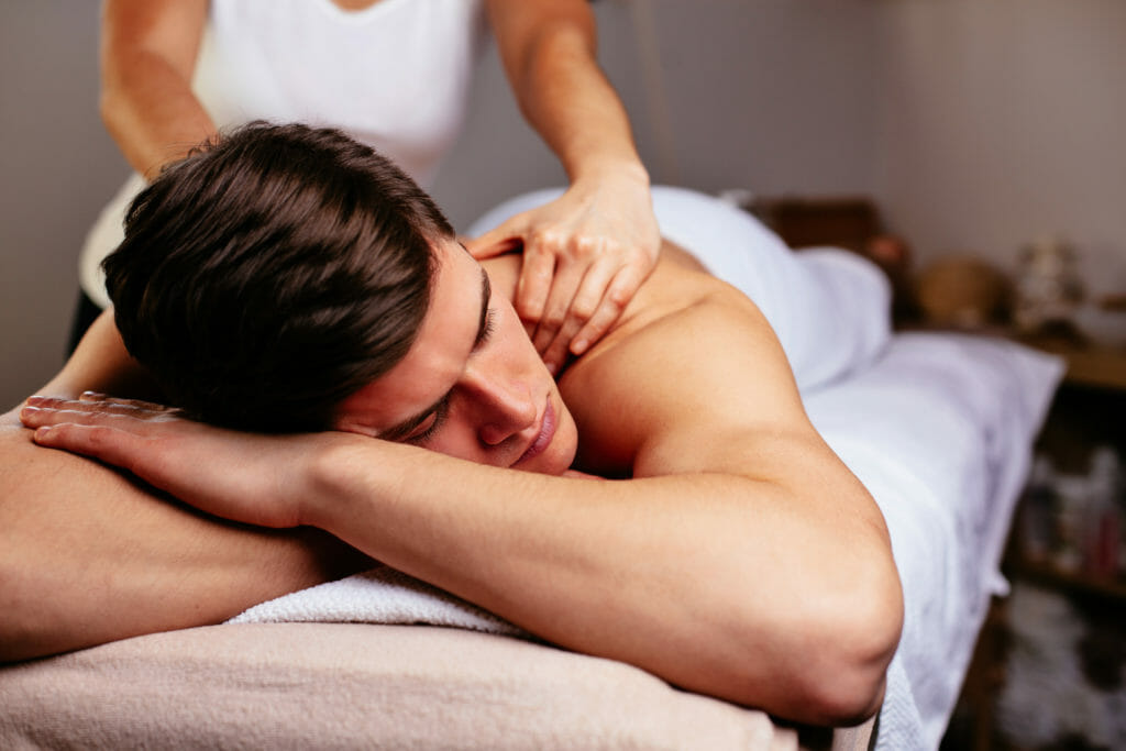 male-sports-massage-phclinic