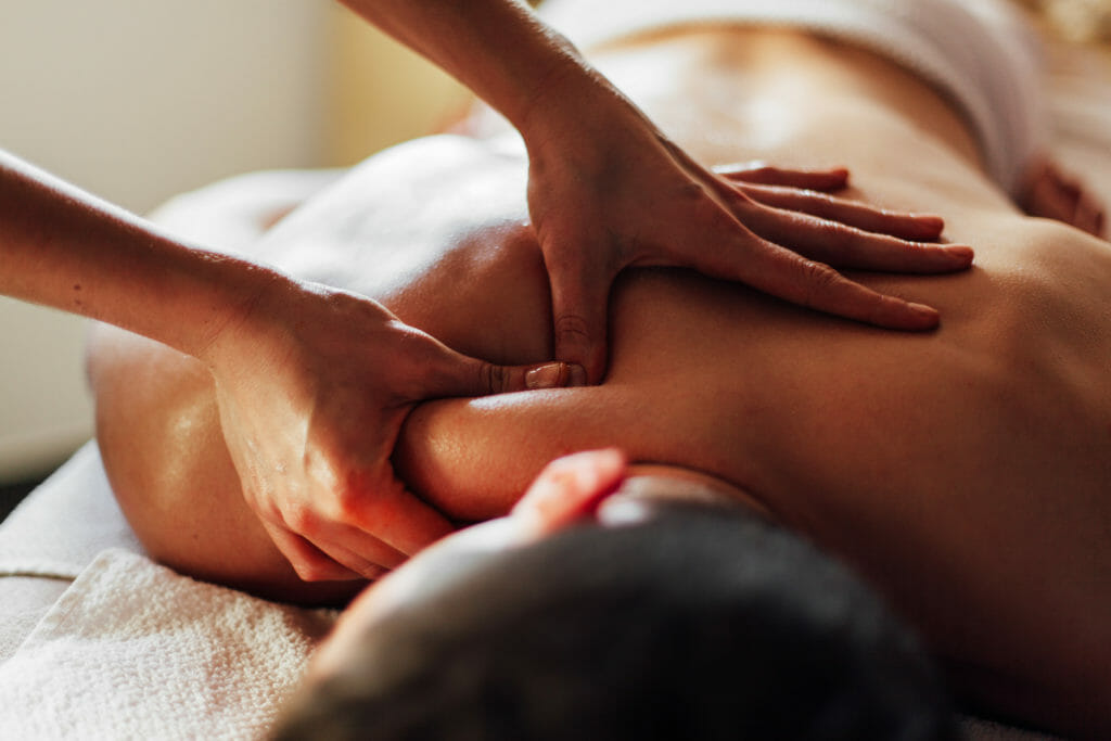 deep-tissue-massage-phclinic